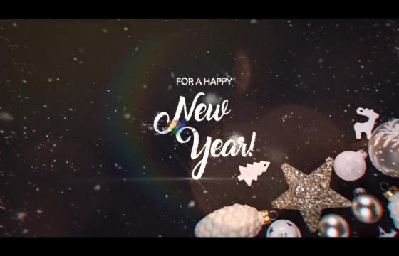 Ae模板 圣诞节下雪粒子汇聚文字图片开场Christmas Greetings IV