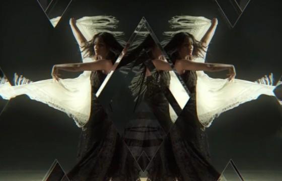 AE模板 创意抽象镜子折射幻灯片 Abstract Glass Slides