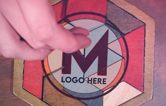 AE模板 – 不规则木块拼接LOGO标志显示 Puzzle Logo Intro
